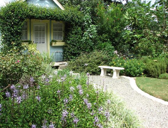 Cottage Garden, WaterSavers Lane. Photo: Pam Penick.